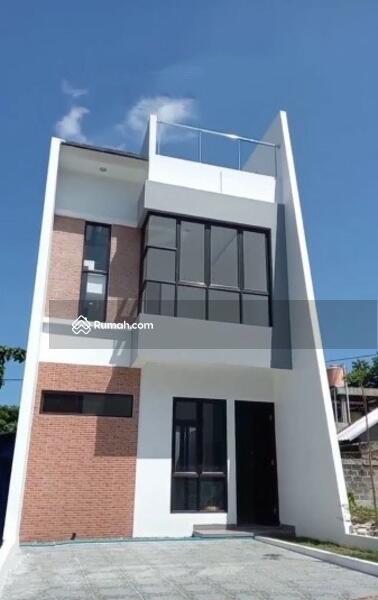 Hunian cluster  2,5 lantai + Rooftop Berlokasi Strategis di Belakang Kampus UI - Depok #105209820