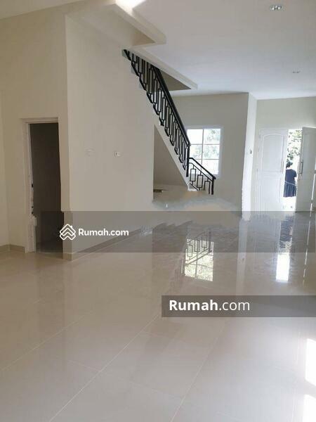 Rumah Hoek Baru Muara Karang #105210136