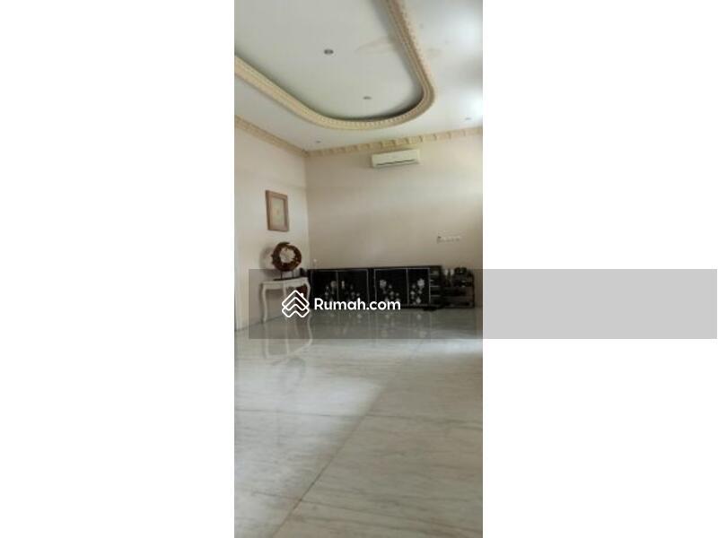 Rumah mewah 4 lantai siap huni luas 18x26 463m Type 6+1KT Kelapa Gading Jakarta Utara #105211506