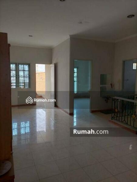 Rumah Cantik Daerah Jelambar, Jakarta Barat #105213288