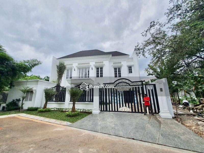 [HOUSE FOR SALE]rumah mewah dengan design classic berada di kawasan pondok indah, on progress #105214862