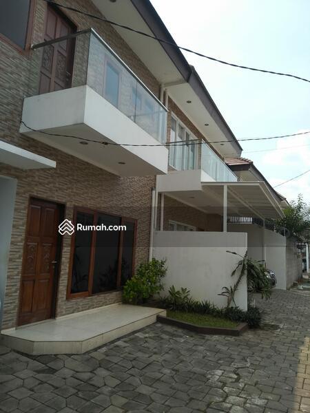 Dijual Rumah Baru 2 Unit Dalam Cluster Di Pejaten Timur, Lokasi Strategis #105215702