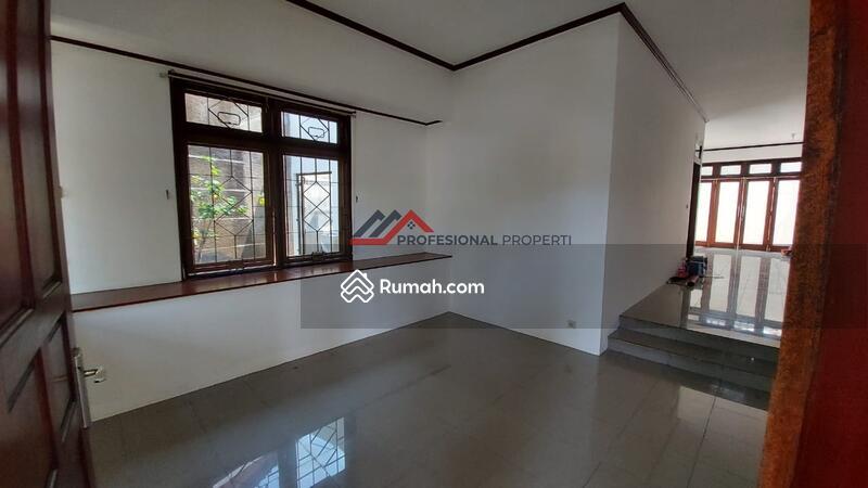 Rumah Siap Huni Dalam Kompleks Area Lebak Bulus #105216970