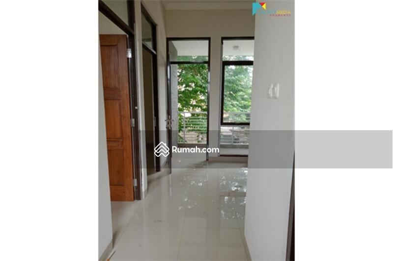 Rumah #105218716