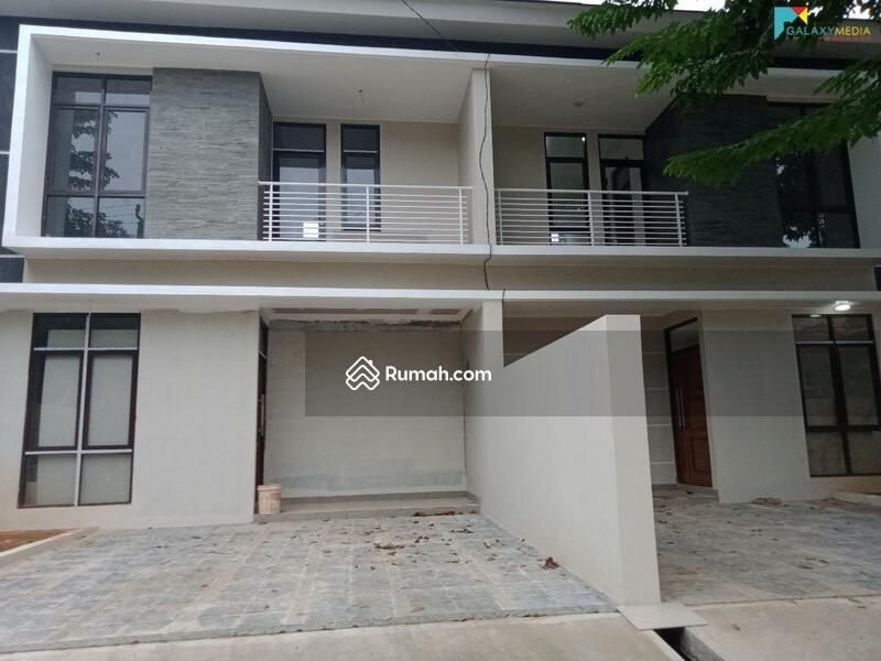 Dijual Cepat Rumah 2 Lantai Siap huni Di Ciangsana Dekat Kota Wisata Cibubur #105219538