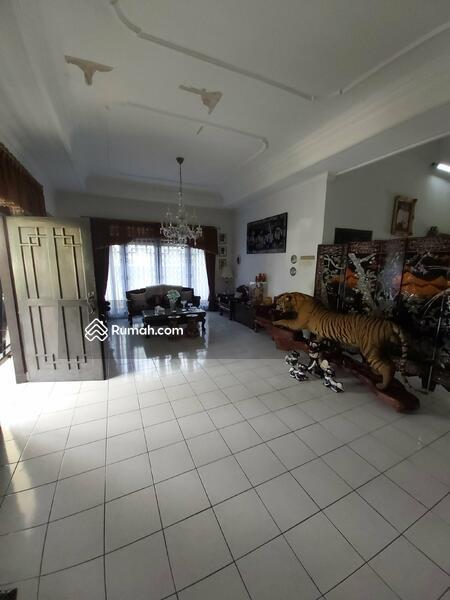 Rumah di Komplek Curug Indah Jatiwaringin Jakarta Timur #105223404