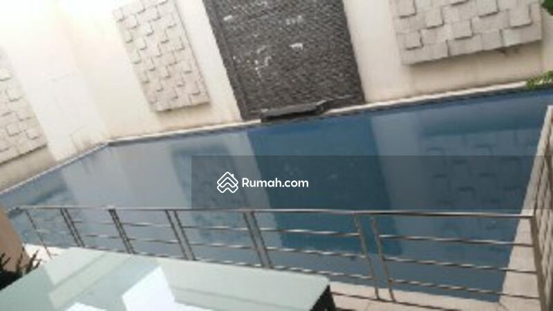 Rumah mewah Hook + kolam renang kemang pratama bekasi #105220102