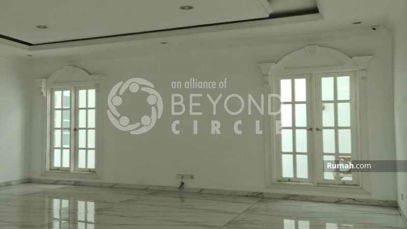 BRILIANT RUMAH DESIGN INTERNASIONAL DI BATUNUNGGAL BANDUNG #105220122