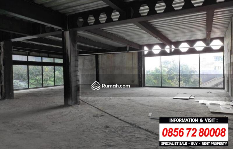 DISEWAKAN RUANG USAHA / KANTOR STRATEGIS at Jl SENOPATI (2 ARAH), SCBD #105220264