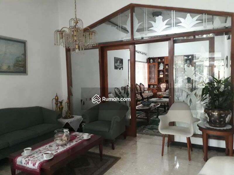 Rumah Lama Terawat, Lokasi Strategis Dekat ke Jalan Riau Bandung #105220550