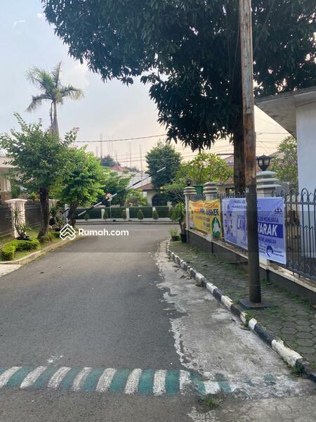 Rumah jalan Adyaksa Lebak Bulus #105220740