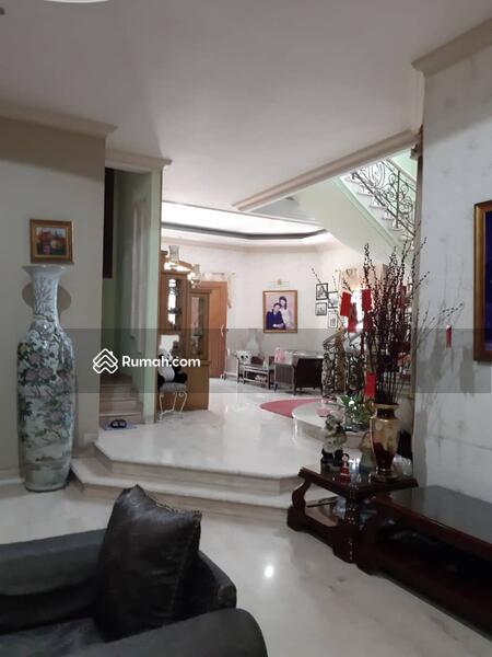 Dijual rumah mewah di Taman surya Jakarta Barat #105224052