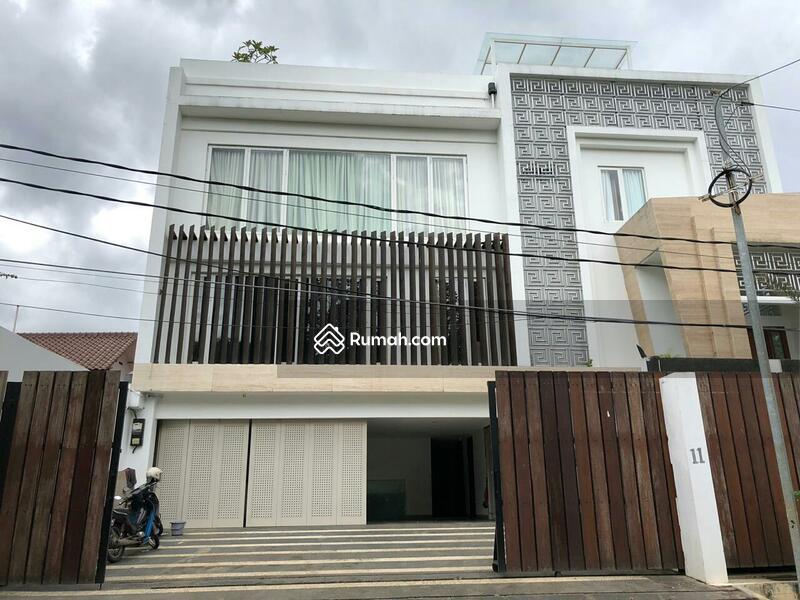 Rumah mewah siap huni dalam komplek di Kemang, Jakarta Selatan #105224686