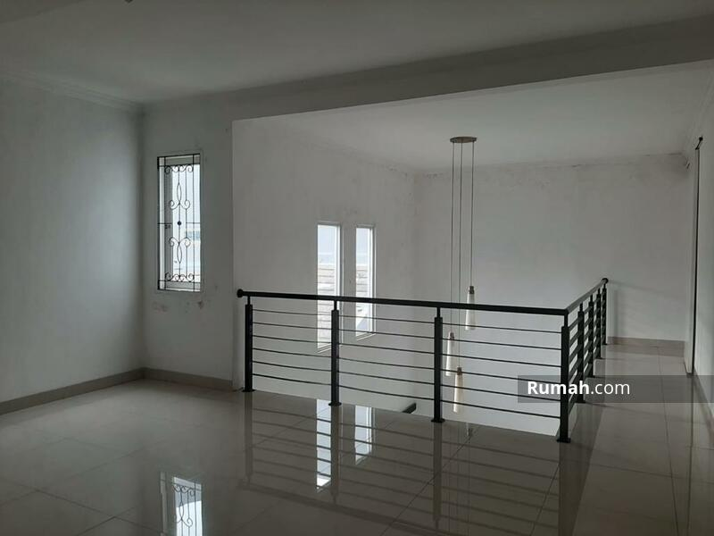 Dijual rumah 2 lantai di Serpong Park, Jelupang, Serpong Utara, kota Tangerang Selatan. Siap huni #105225056