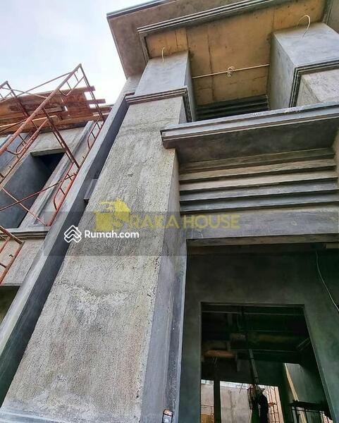 NEW HOUSE ON PROGRESS AT LEBAK BULUS LOKASI DEKAT KE MRT #105227740