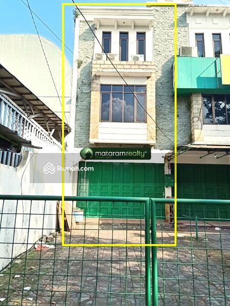 Disewakan Ruko 3 Lantai di Jl BKR, Lokasi Mainroad #105228090