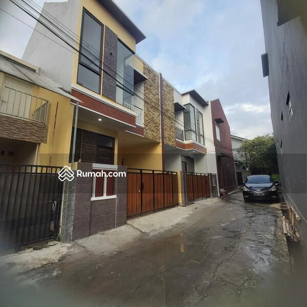 Rumah 2 Lantai Termurah di Beji Depok Akses Tol Kukusan Beji Depok #105230054