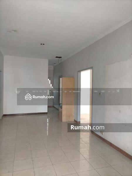 Rumah Cantik Daerah Jelambar, Jakarta Barat #105230882
