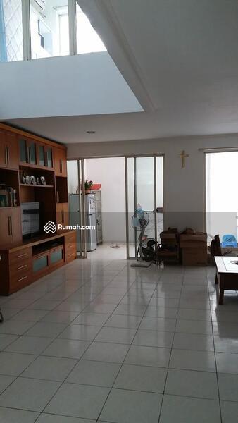 Dijual rumah di Perumahan Taman Modern Jakarta Timur #105232374