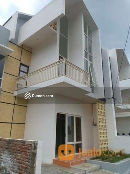 SPESIAL PROMO !! Rumah 2 Lantai di Bandung Barat Dekat Lembang #105283210