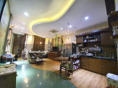 Dijual - Andre Tjhia- Jelambar 4. 5x17 bangunan 3 lantai, jln 3 mobil, Grogol