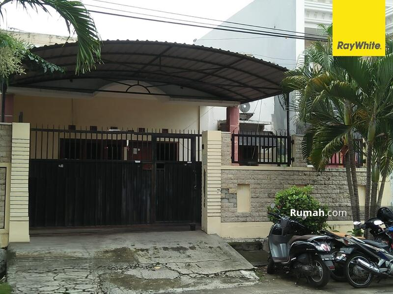 Rumah Kost Pusat Kota di Jalan Blambangan, Surabaya #105381202