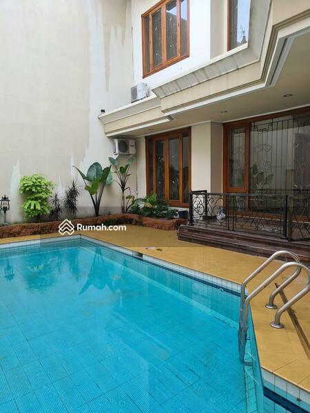Rumah 2 Lantai Fresh & Istimewa @ Darmo Hill #105401962