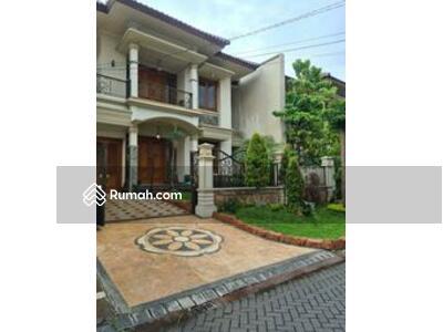 Dijual - Rumah 2 Lantai Fresh & Istimewa @ Darmo Hill