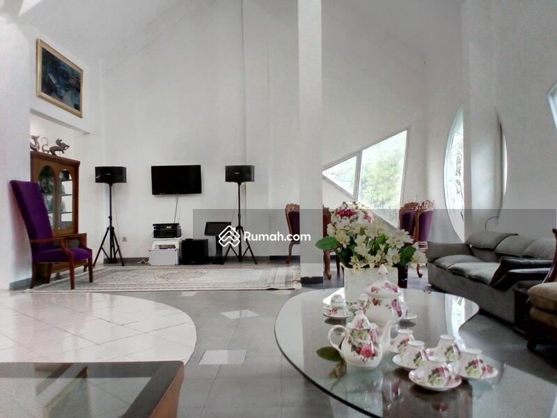 Dijual Rumah Luas Nyaman di Sayap Riau Bandung #105409762