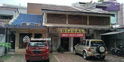 Dijual - Dijual rumah tua jalan besar Wijaya Kebayoran Baru