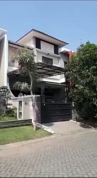 Disewa Rumah Woodland Citraland, Minimalis , Surabaya Barat #105485474