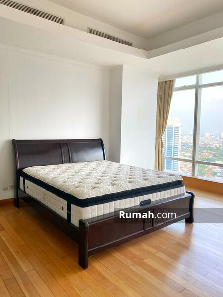 For Rent 3BR Apartement Kempinski Private Residence #105489612