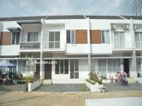 Dijual - Rumah 2 Lantai Siap Huni  bernuansa modern Townhouse di  kota Bekasi.