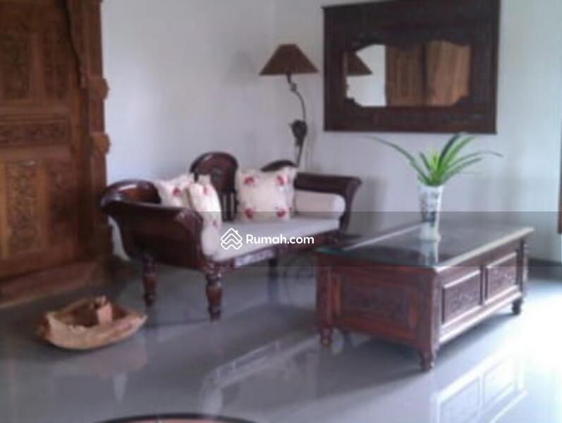 rumah villa #105511578