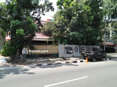 Dijual - Rumah Dijual CEPAT Lokasi jalan Raya Kebayoran baru Jakarta Selatan