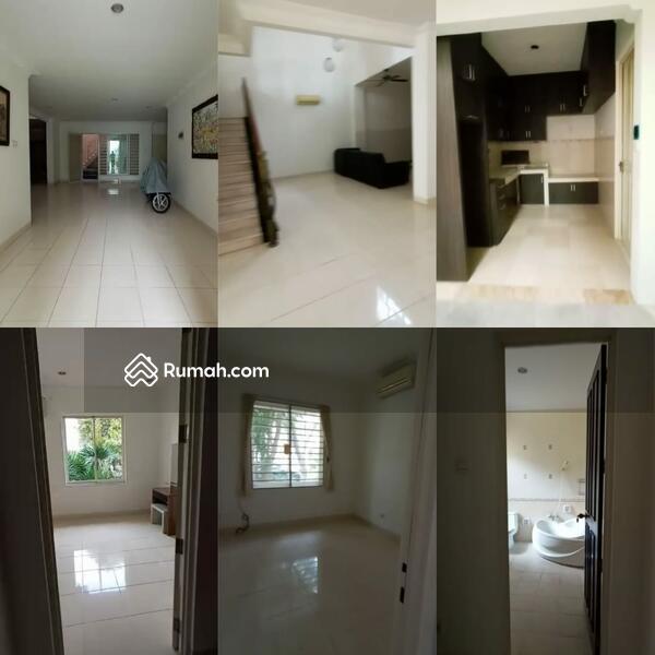 Disewakan Rumah Pakuwon Indah Villa Bukit Regency #105548232