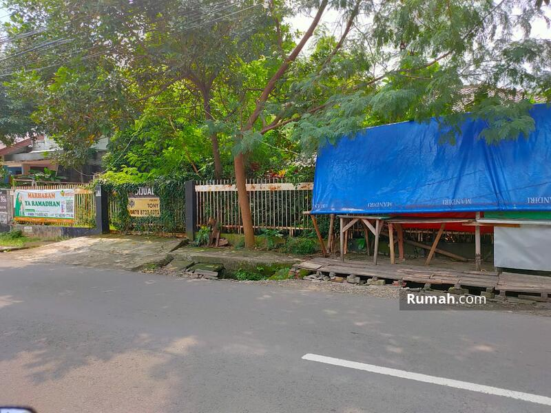 Rumah Di H.Samali Lt.733m2 Pancoran #105557290