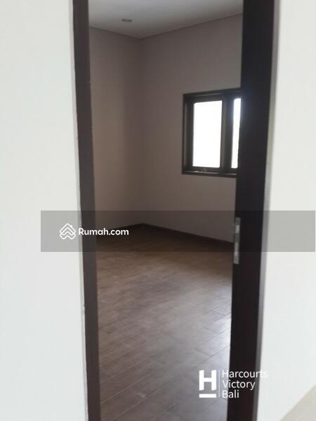 Disewakan Rumah Minimalis 3 lantai di Padangsambian #105596482