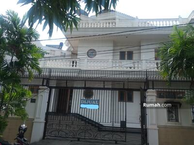 Dijual - Dijual Rumah Mewah di Rajawali Selatan