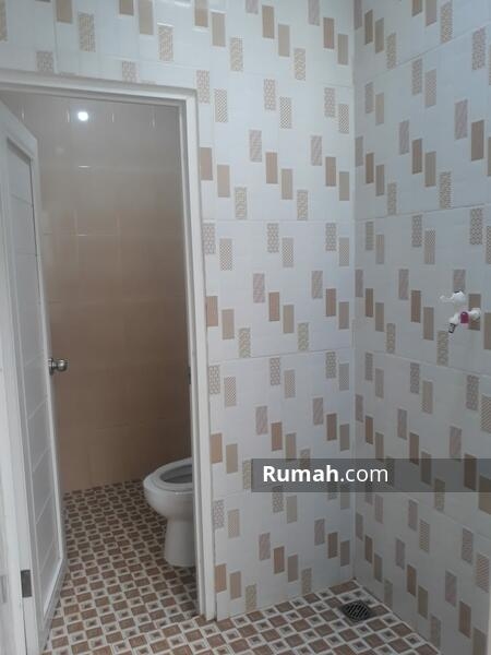 Rumah Baru Murah Bagus Siap Huni  Lokasi Dalam Komplek Pondok Kelapa jakarta Timur #105711406