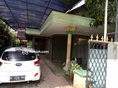 Dijual - Rumah dekat stasiun dan Tol jatinegara