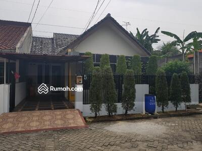Dijual - Dijual Rumah Asri dalam komplek di Cipulir, Ciledug, Tangerang Kota