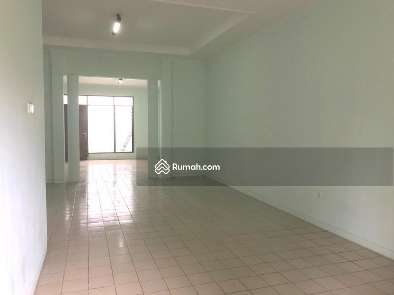 Rumah Nyaman Depan Lap Tenis di Jl Bangka Megapolitan Cinere #105817322