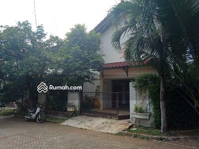 Dijual - Rumah asri Graha Cinere dekat pintu tol Desari (Depok Antasari) dijual