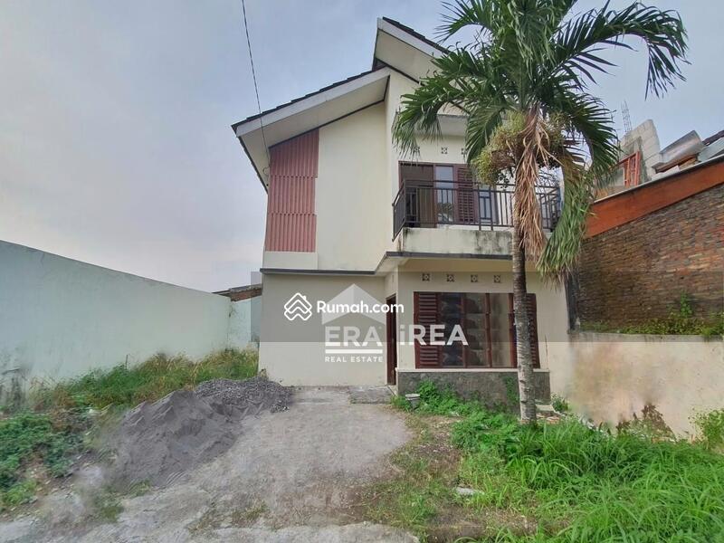 Rumah 2 Lantai di Tohudan Colomadu #105856768