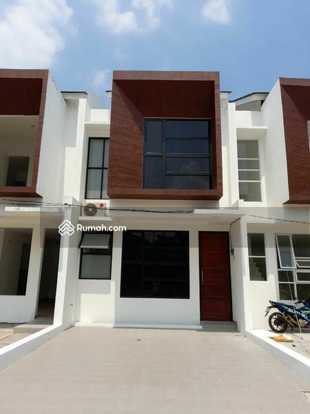Rumah 2 Lantai Design Kekinian Dekat Tol Andara, Cinere #105860076