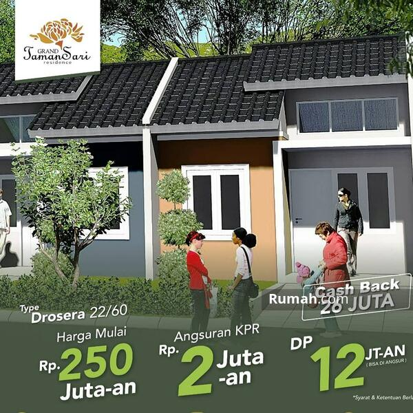 Rumah bebas banjir daerah setu #105873070