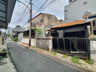 Dijual - Andre Tjhia- Tanjung Duren Jalan 1 mobil Lega, daerah kost