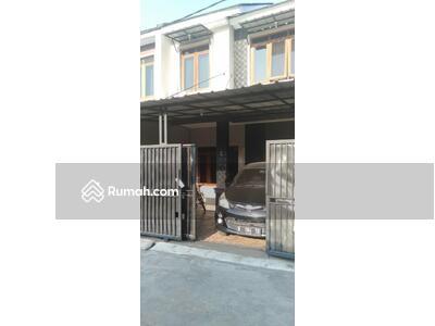 Dijual - Dijual Rumah Secon di Jalan Ratna Jati bening