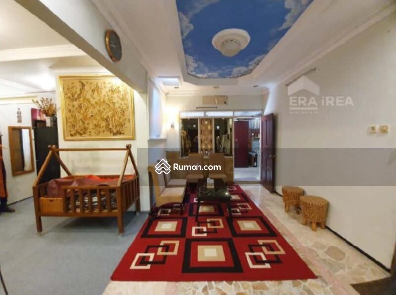 Rumah Cantik Minimalis Terawat Area Solo Baru #106065996